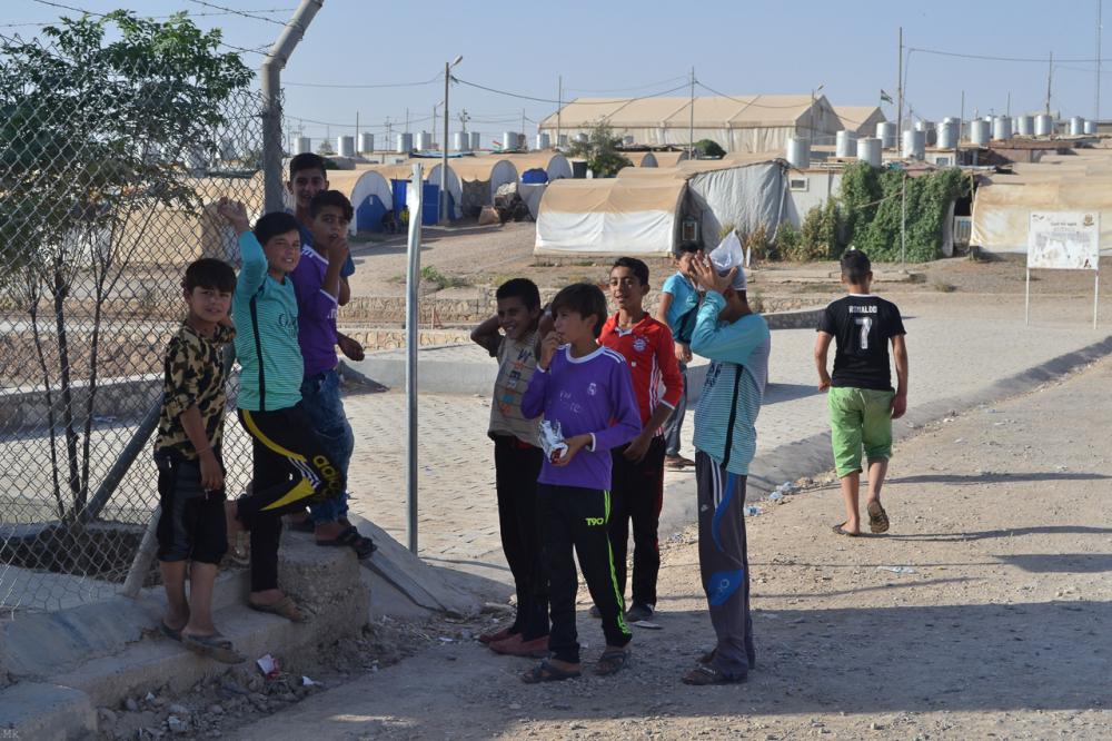 Fig. 2b - Yazidi nel campo profughi di Kabartu (© Costanza Coppini 2017)
