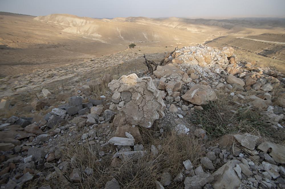Fig. 2d - Memê Resh mausoleum destroyed (©Jérémy André 2016)